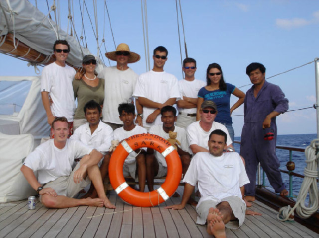 Shenandoah crew with rescued fishermen