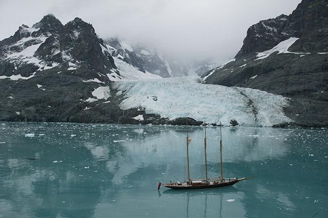 Shenandoah of Sark in the Drygalski Fjord